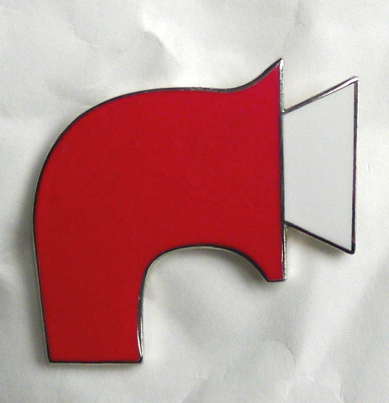 Enamelled foghorn badge