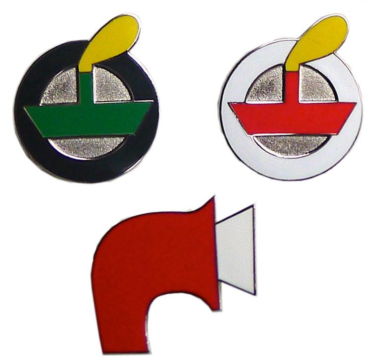 Set of 3 enamel badges