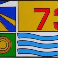 flag badge detail